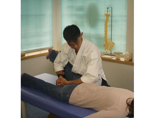 腰痛・肩こり・膝痛・骨盤矯正など何でもござれ。日本古来の整復術、是非お試しを!結果でお答え致します。日本古武道傳 札幌やわら氣功整体院